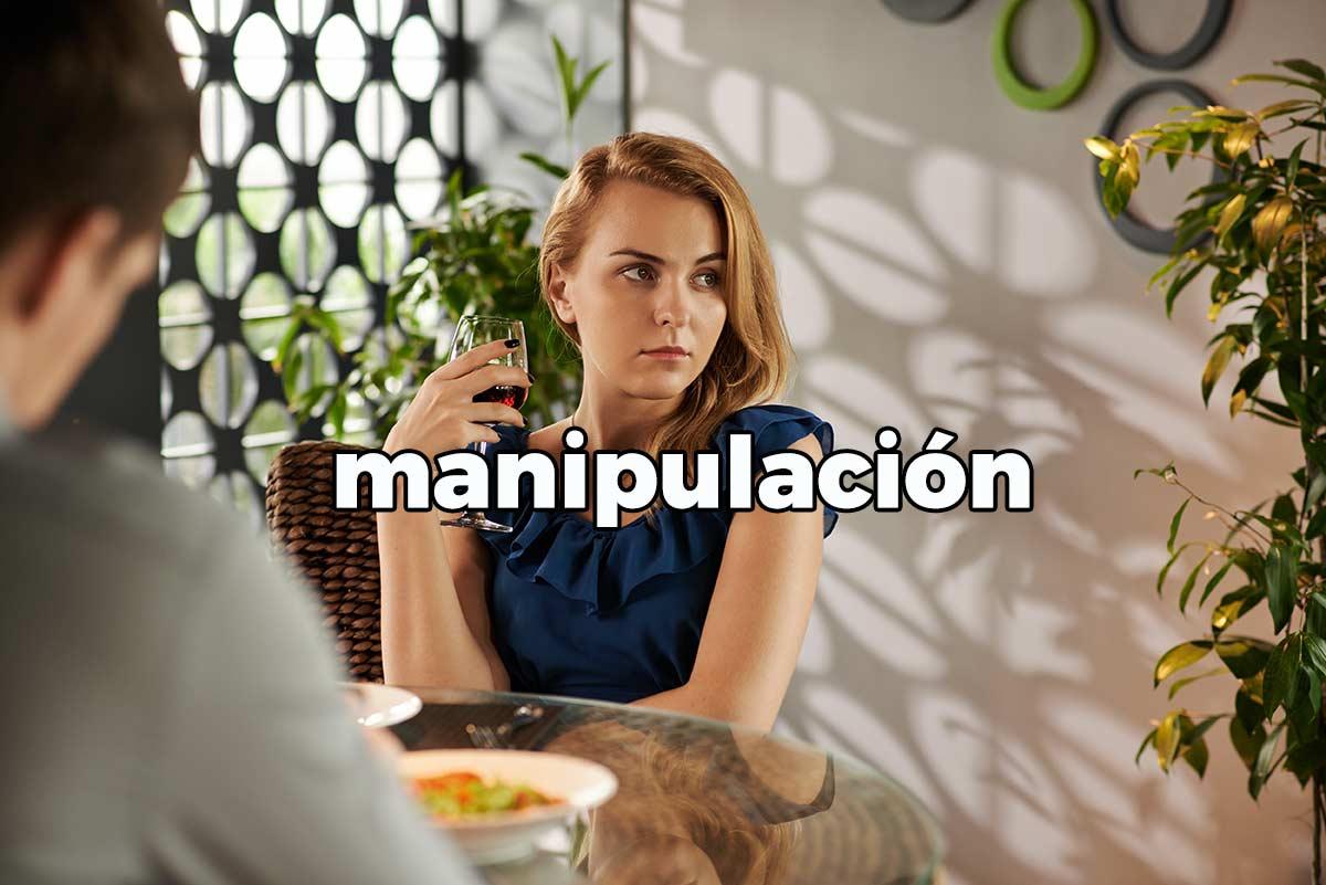 la manipulación en redes sociales
