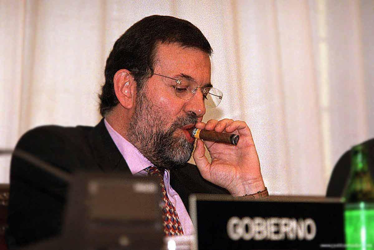 Las 10 diferencias entre Clinton y Rajoy