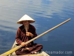 VIETNAM Hoian río