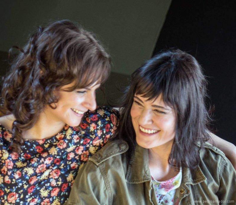 Mónica Y Laura Equiz Portada