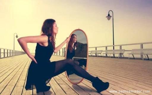 Dime cómo usas el espejo y te diré cómo eres