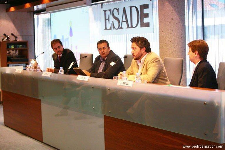 Presentación del libro Autocoaching de Pedro Amador con Alex Rovira y Manuel Seijo en Esade Madrid - El mejor libro para iniciarse en el coaching personal