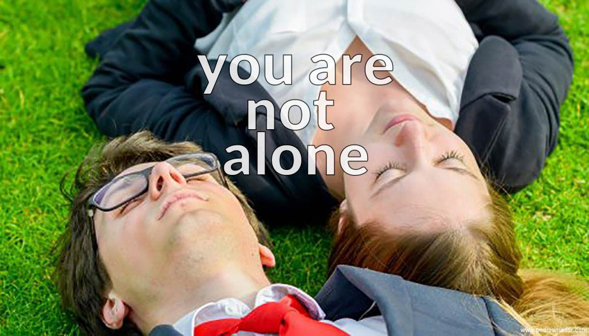 YOU ARE NOT ALONE (No estás sol@)